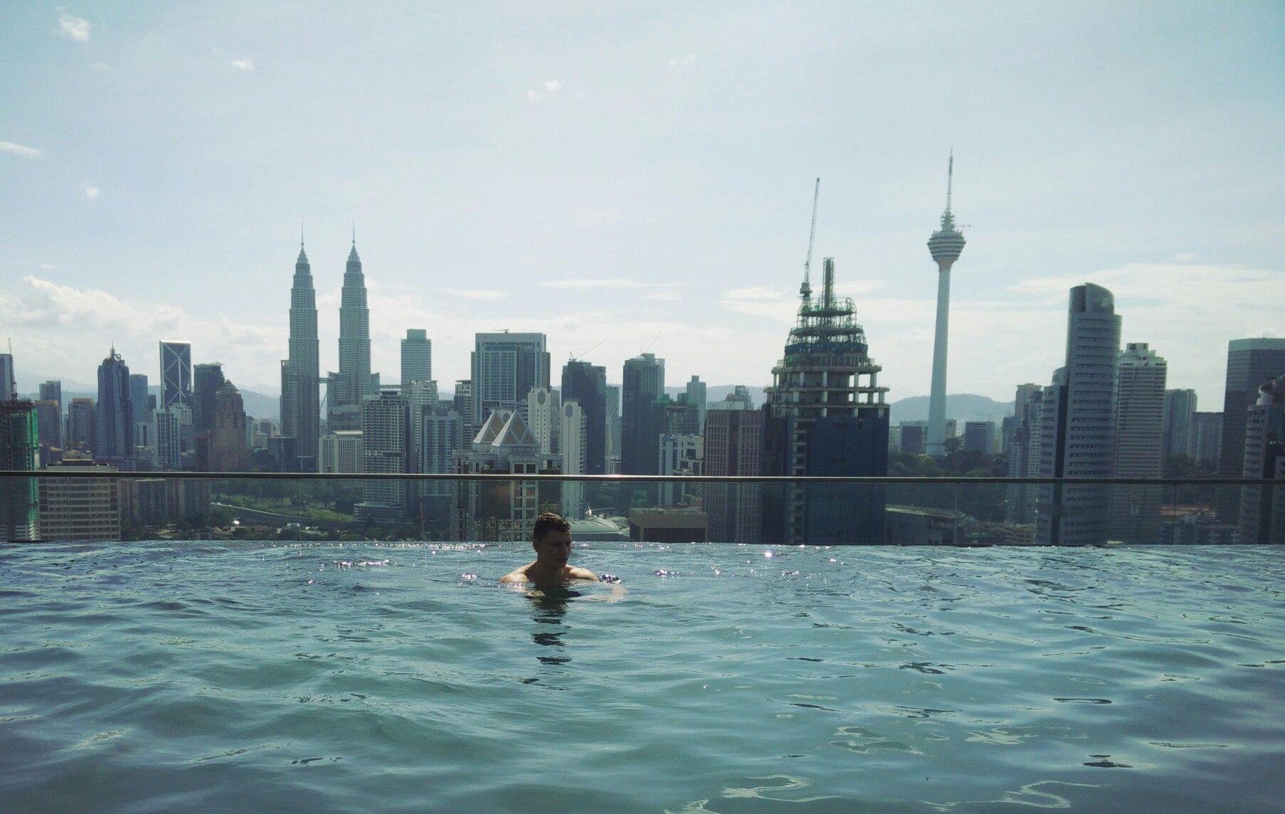 Что лучше: Гонконг, Сингапур или Куала Лумпур?